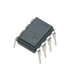 LM741CM SOIC-Narrow-8 General Purpose Operational Amplifier (Pack of 3 ICs)
